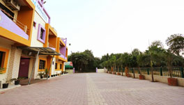 Hotel Somnath Sagar - Outer View