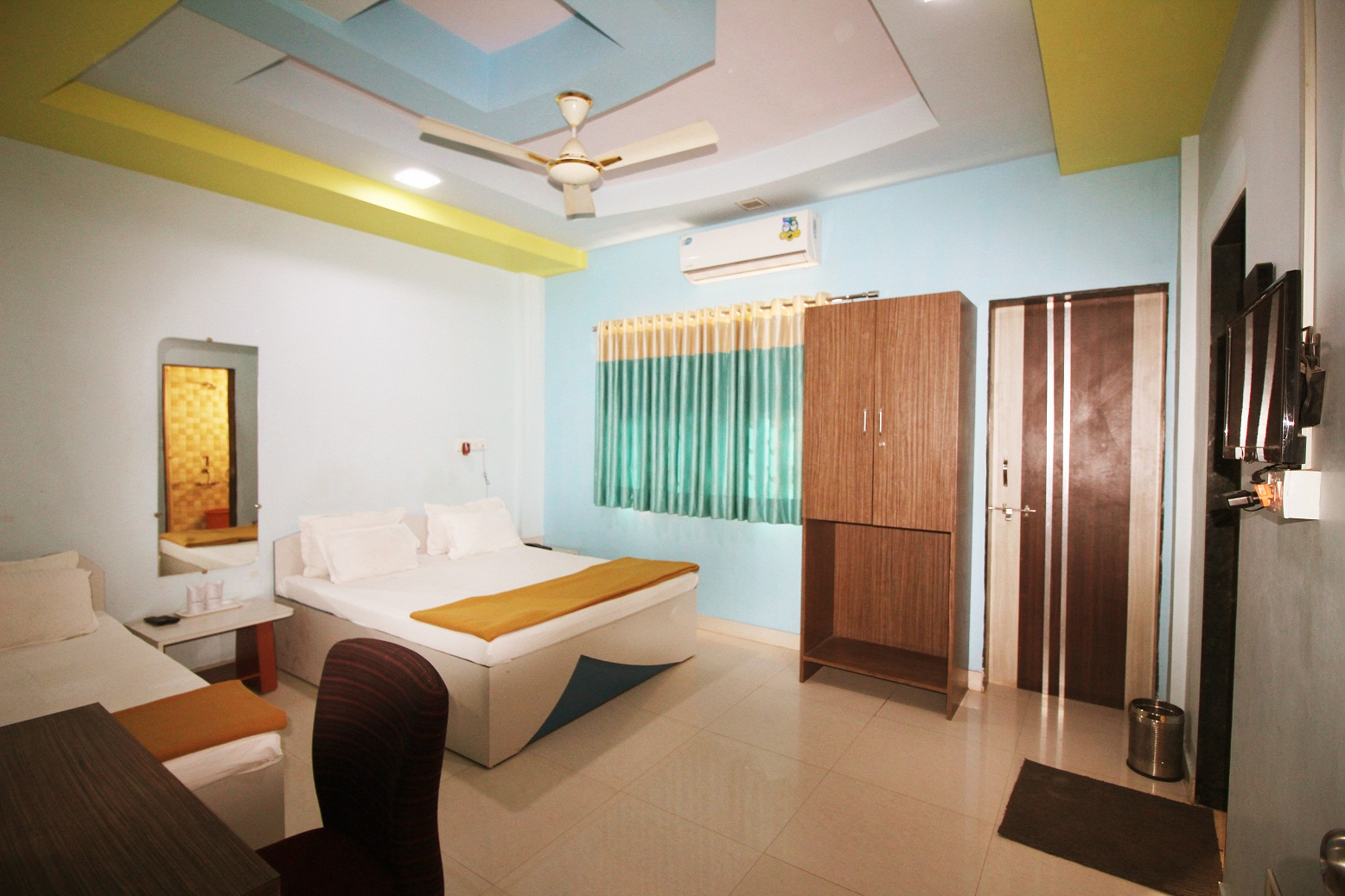 Hotel Somnath Sagar - Superior Three Bedded NON AC Room View